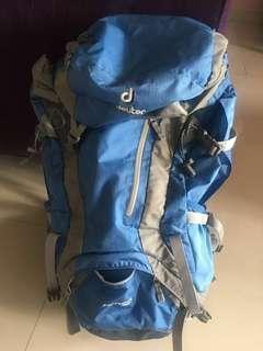 Deuter 32 liter backpack