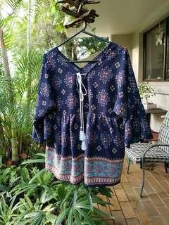 🚚 Bohemian gypsy festival Top with tie front