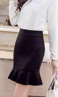 Korean style fishtail skirt (black colour)