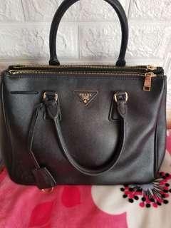 Prada Bag no real