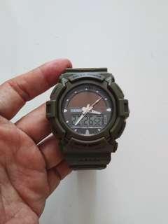 Jam tangan sport solar power