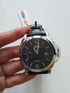 Jam tangan fashion pria
