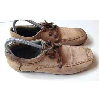 Sepatu Edger Kulit Casual Formal Asli Trendy Modis No Nomer 39 Murah