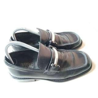 Sepatu Kulit Divertente Made in Italy Italia Warna Hitam 42 Original