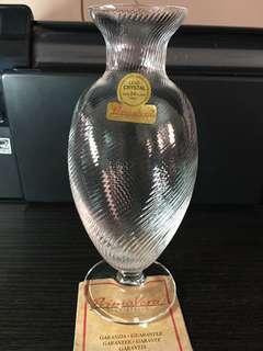 🚚 Exquisite crystal flower bottle