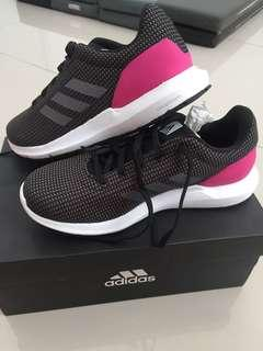 ADIDAS COSMIC W RUNNING SHOES SIZE 38
