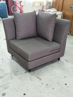 🚚 One seater side chair