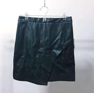 F21 hunter green leather skirt