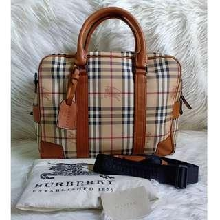 Burberry authentic Made in italy