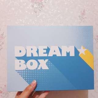 Innisfree VIP Dream Box Makeup Fixing Kit