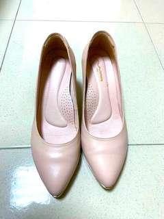 粉色 舒適寬版高跟鞋