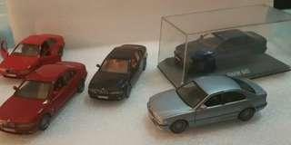 Complete set of 1/43 BMW M5 dealer exclusive in all original M5 colors
