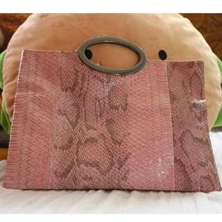 Hand-carry Envelope Pouch