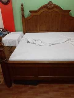 KING Size Royal Wood Bed Frame with Matress