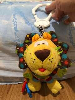 Mainan bayi lion