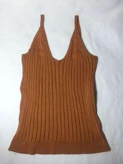 Knitted bodyfit top