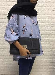 Tas atau dompet wanita santai bisa buat kado