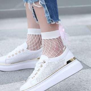 💜 White fishnet socks #APR10