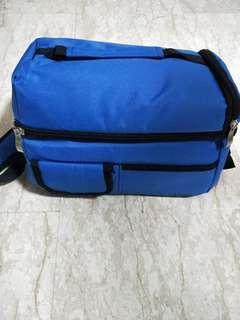 🚚 V cool cooler bag