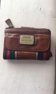 Fossil tan leather wallet great condition
