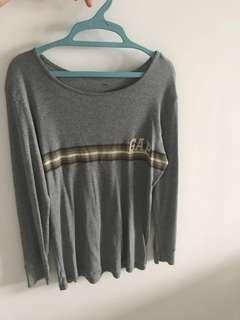 Gap long sleeves t shirts