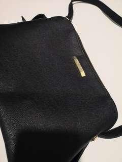 #MakeSpaceForLove Mizzue handbag