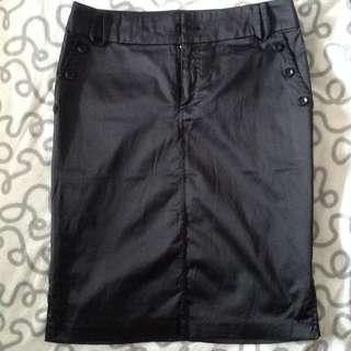 POTS Smooth Satin Finish Black Pencil Skirt