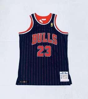 Michael Jordan THROWBACK BULLS NBA Jersey