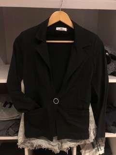Hollyhoque black padded blazer