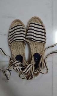 Gap striped shoes USA 6 / EUR 36
