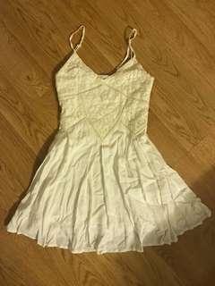 Agneselle White Dress