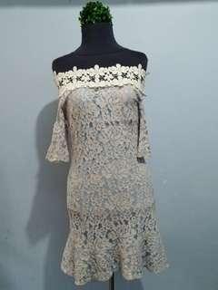 Lace Offshoulder Mermaid Dress