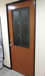 Door. Standard 3ft door. Negotiable.