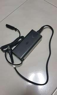 🚚 Mavic air battery charger used condition 9/10