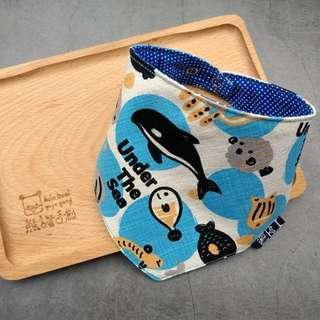 🚚 臨邊壓線 不易變形 手作圍兜.口水巾.吐奶巾.彌月禮 布頭巾 自由海底世界 海洋 鯨魚 河豚