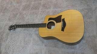 Taylor 110ce - Semi Acoustic Guitar