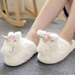 🚚 Unicorn Bedroom Slippers