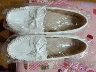 🚚 豆豆鞋
