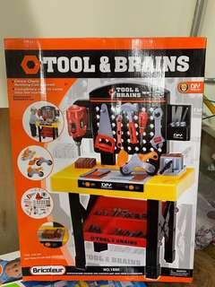 🚚 Tools and brains 工具台玩具
