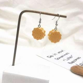 ulzzang biscuits earring