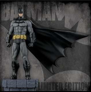 Batman: Arkham City - Batman 1/6th Scale Limited Edition Statue