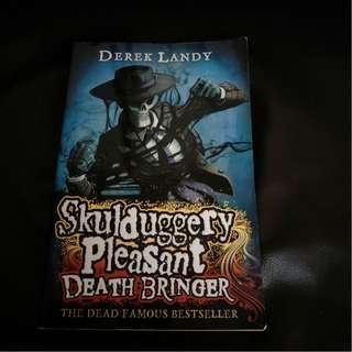 Pre - Loved Skulduggery Pleasant #6 - Death Bringer by Derek Landy [Paperback]