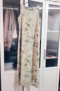 Flowery pastel green dress with lining #MMAR18