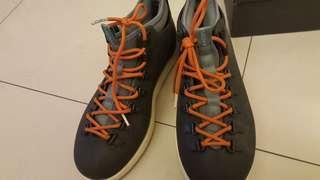 🚚 Native 高筒輕量鞋