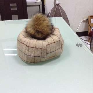 全新奶茶色復古毛球格紋米色貝雷帽(毛球可拆)