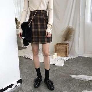 🚚 秋冬毛呢棕色格子裙