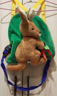 🚚 袋鼠後背包