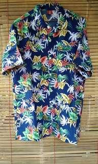Kemeja hawaii (four reason hawaiian shirt)