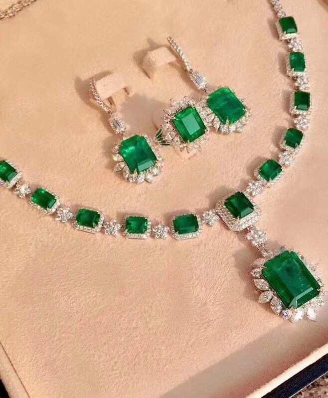 (詢價)全網最低價 37.55 ct -18K金天然祖母綠鑽石耳環戒指項鏈 18K gold Natural emerald diamond earring(附證書)