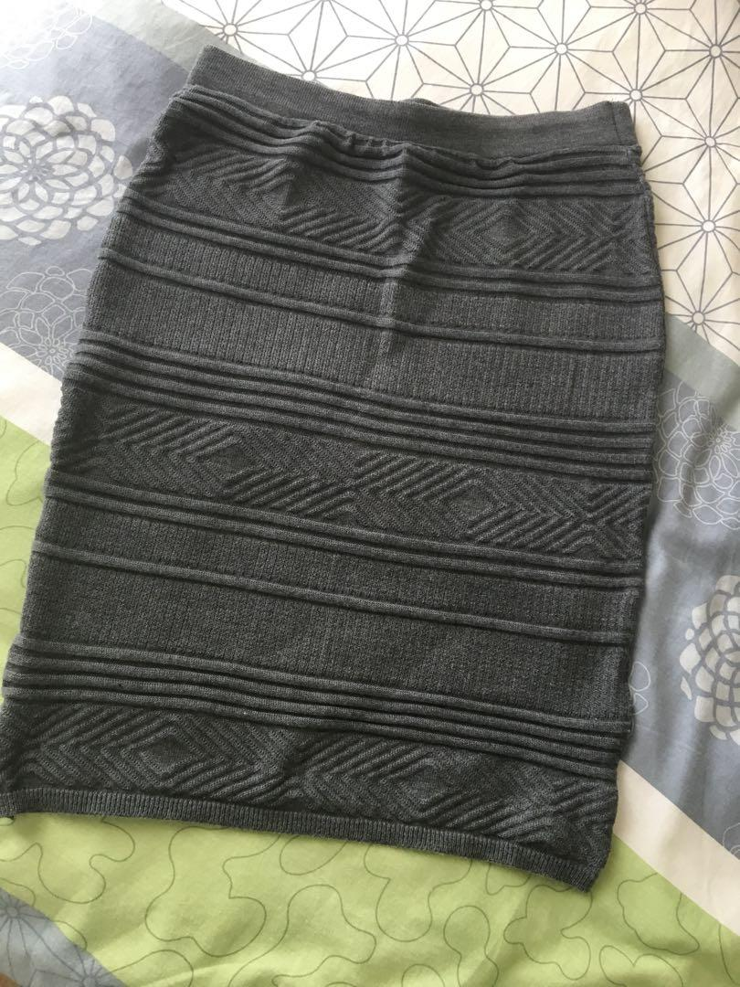 American Apparel skirt (stretchy - would fit size 6-10